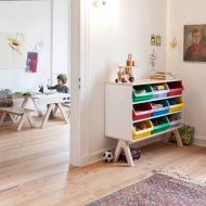 modern-kids-furniture-shelf-for-kids-Famille-Garage-Richard-Lampert_1