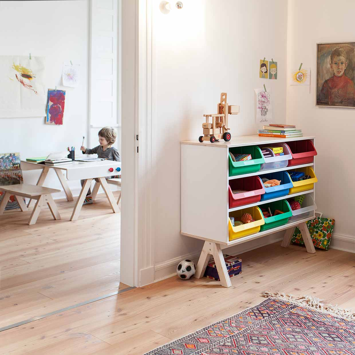 Kindermöbel design  Familie Garage – modern kids furniture system by Richard Lampert ...