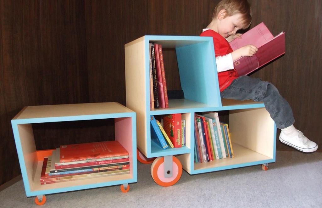 afilii_multifunctional-furniture-for-kids_iguanodon_bibliotracteur_2