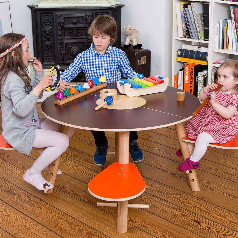tavi by timkid growing table for kids afilii design for kids. Black Bedroom Furniture Sets. Home Design Ideas