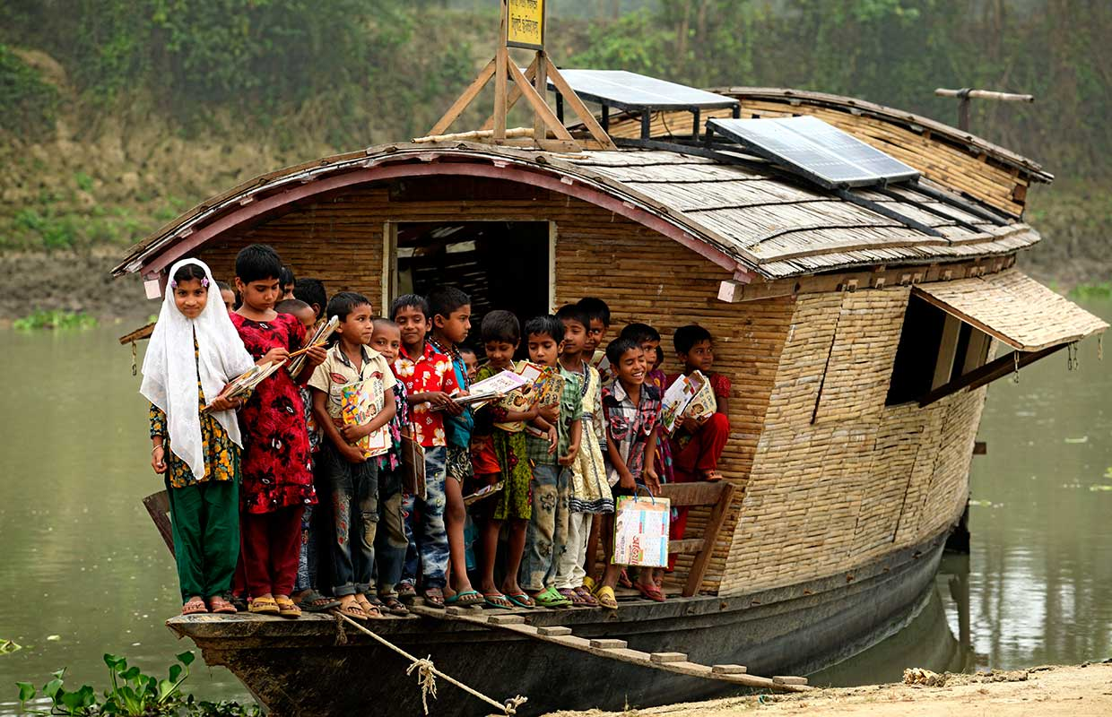 architecture-for-children-shidhulai-floating-school-Bangladesh_1