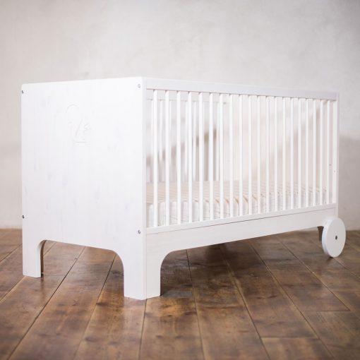 modern-kids-furniture-growing-bed-ekomia-Lumy_7