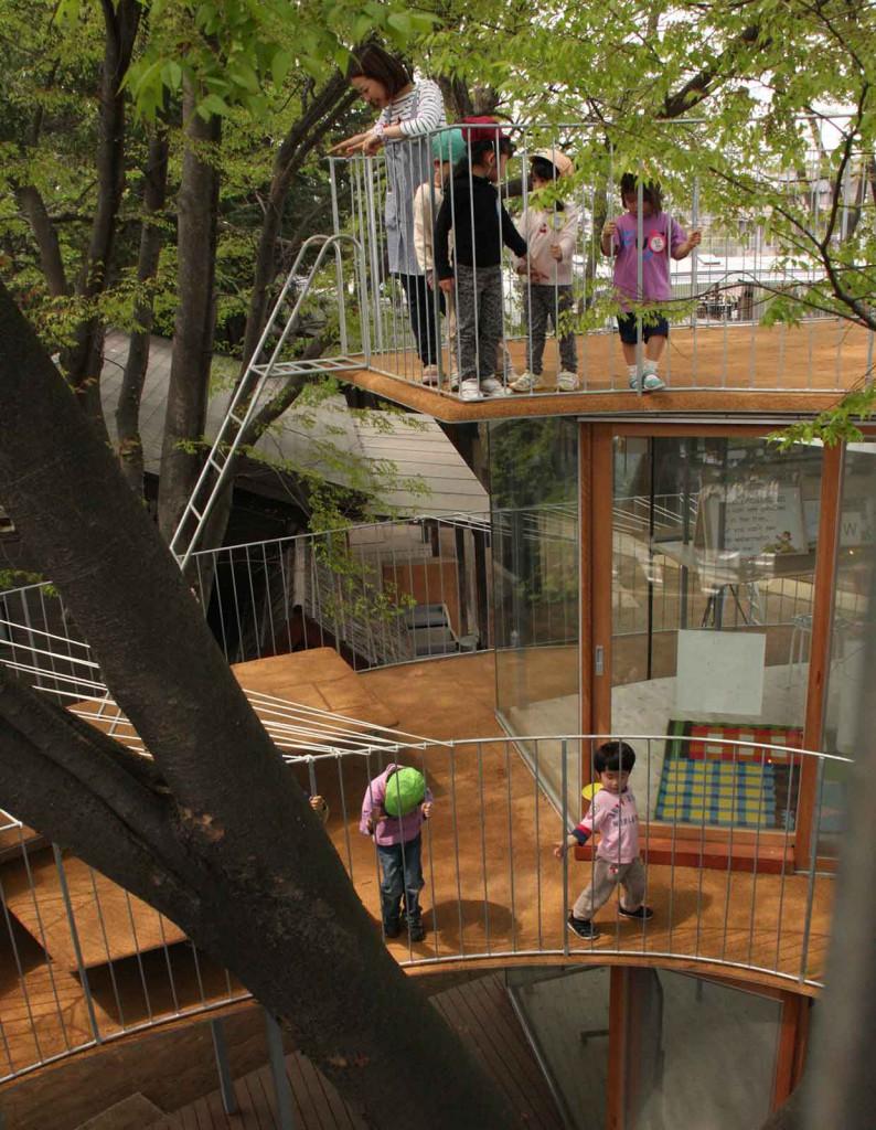 educational-architecture-kindergarten-architecture-tezuka-architects-fuji-kindergarten-tokyo_4