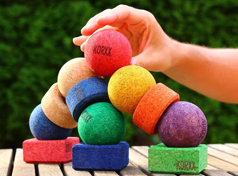 Spielzeug-aus-Holz-Korkbausteine-KORXX-(2)