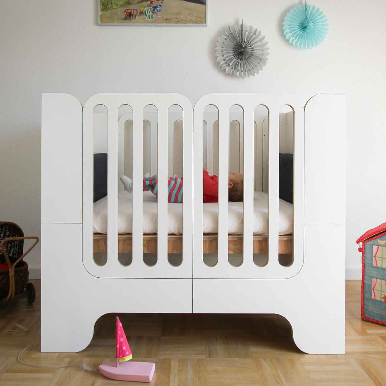 Growing Bed Modern Kids Furniture Wilja Minimalmaxi_1
