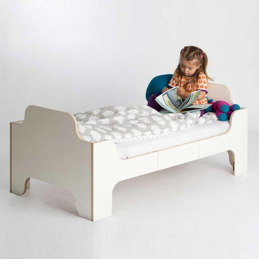 growing-bed-modern-kids-furniture-Wilja-minimalmaxi_5