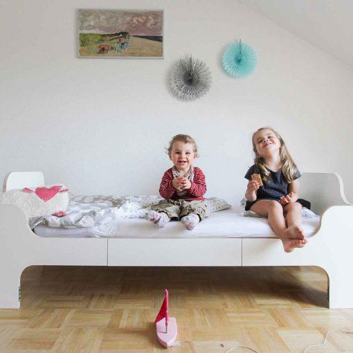 growing-bed-modern-kids-furniture-Wilja-minimalmaxi_6