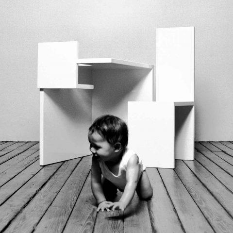 modern-kids-furniture-Motherchilddining_4-quad