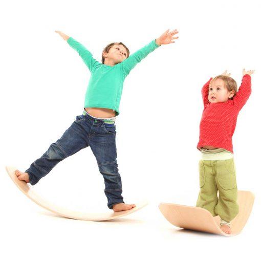 Balance-Board-creative-wooden-toy-das-Brett-by-TicToys_3
