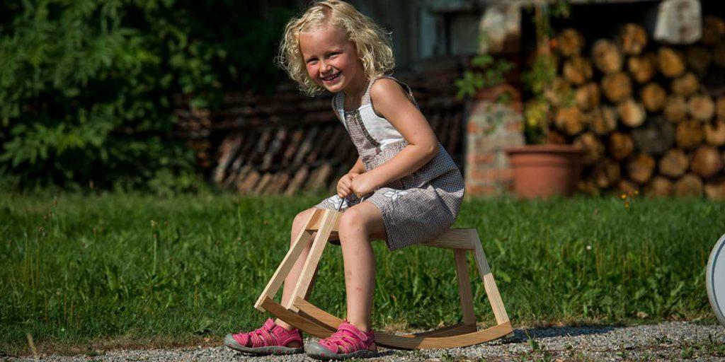 rocking-horse-for-children-Sirch-Sibi_4