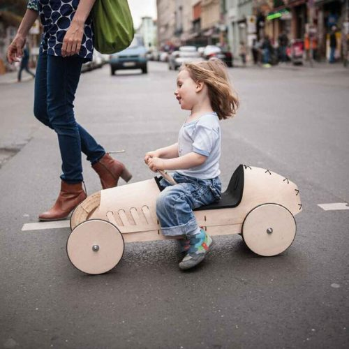 wooden-car-phim-flink