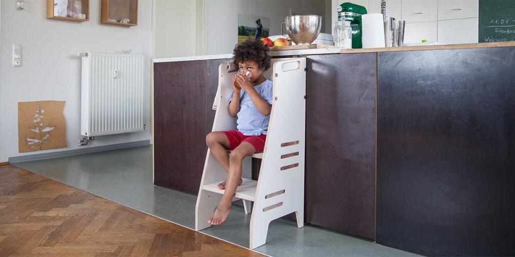 modern-kids-furniture-learning-tower-Prinzenkinder_6