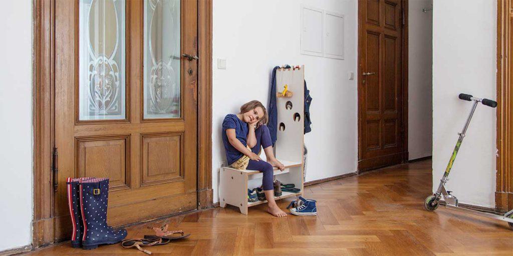 modern-kids-furniture-wardrobe-for-children-Prinzenkinder_10