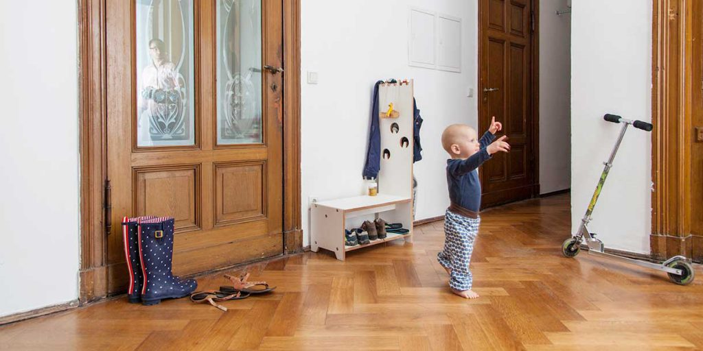 modern-kids-furniture-wardrobe-for-children-Prinzenkinder_8