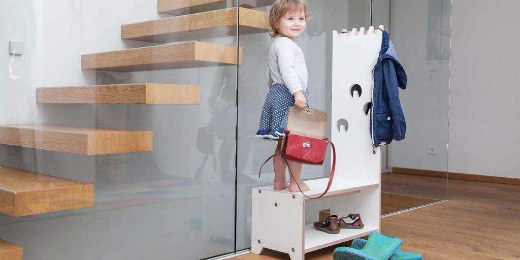modern-kids-furniture-wardrobe-for-children-Prinzenkinder_9