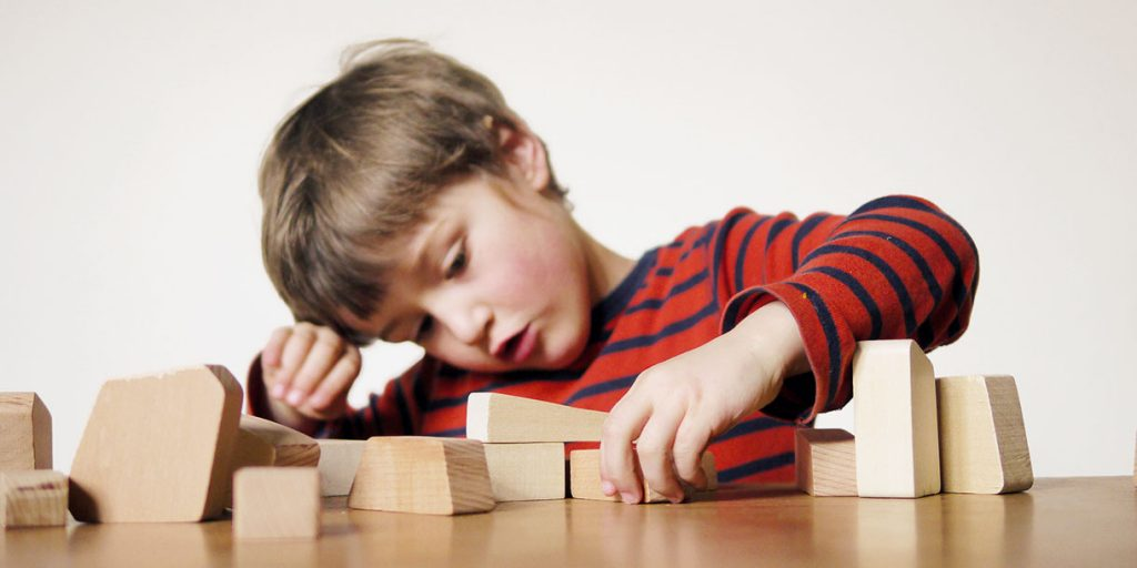 creative-eco-toys-wooden-bricks-Mauersack-lessing-produktgestaltung_12