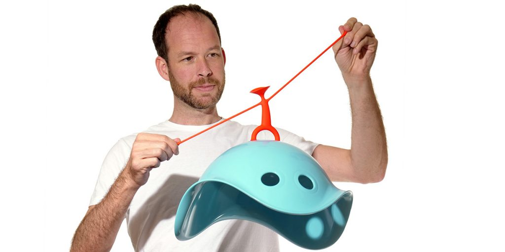 toy-designer-alex-hochstrasser-moluk