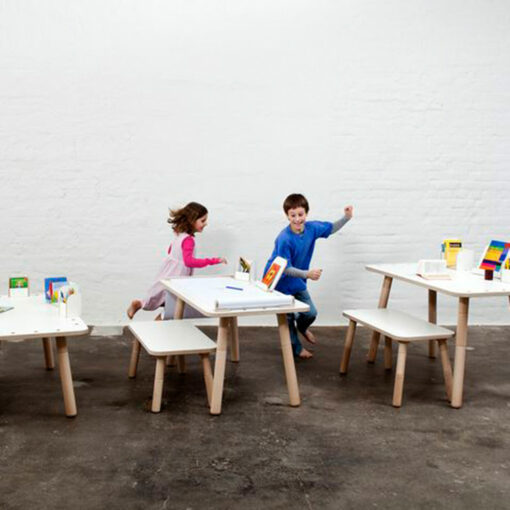designer-childrens-furniture-growing-table-by-pure-position-1