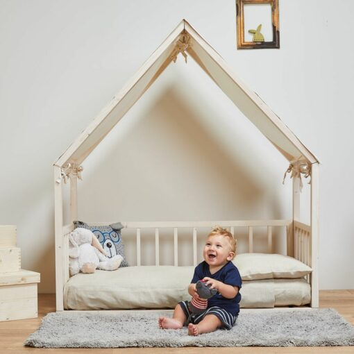 eco-friendly-kids-wooden-bed-housebed-by-ettomio-1