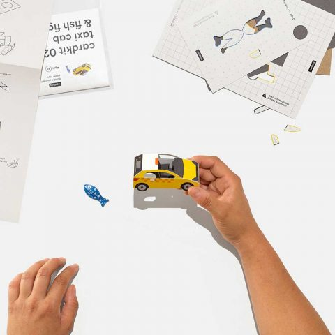 creative-toys-made-of-cardboard-cardkits-by-Anther-Kiley_1