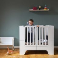 baby-cot-that-grows-with-the-child-minimalmaxi-by-wilja-1