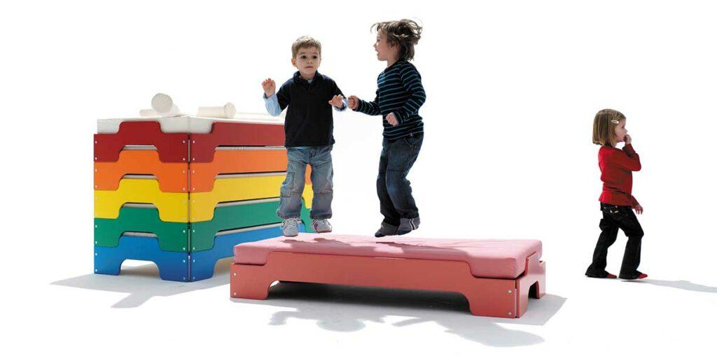 stackable-bed-stapelliege-mueller-moebelwerkstaetten-2