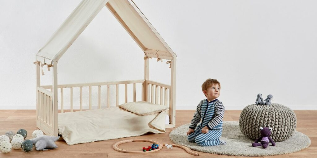 eco-friendly-kids-bed-design-housebed-by-ettomio-7