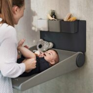 wallmounted-changing-table-wally-leander-1