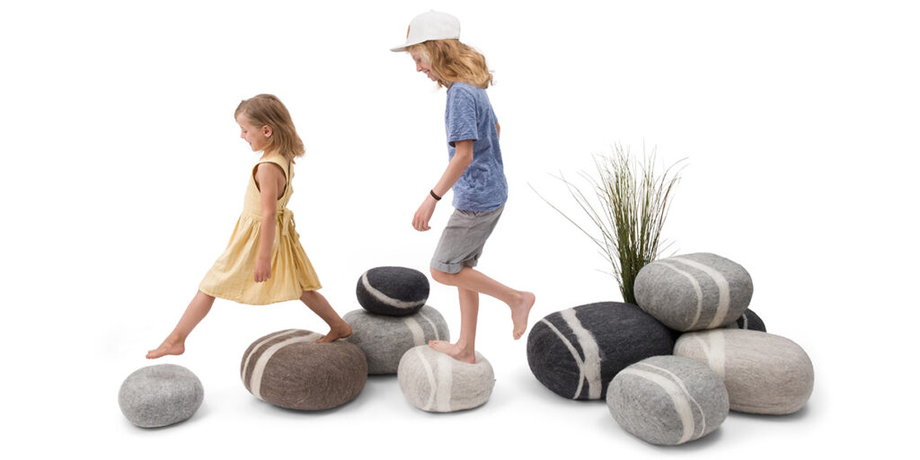 ecological-felt-pebble-cushions-for-children-myfelt-5