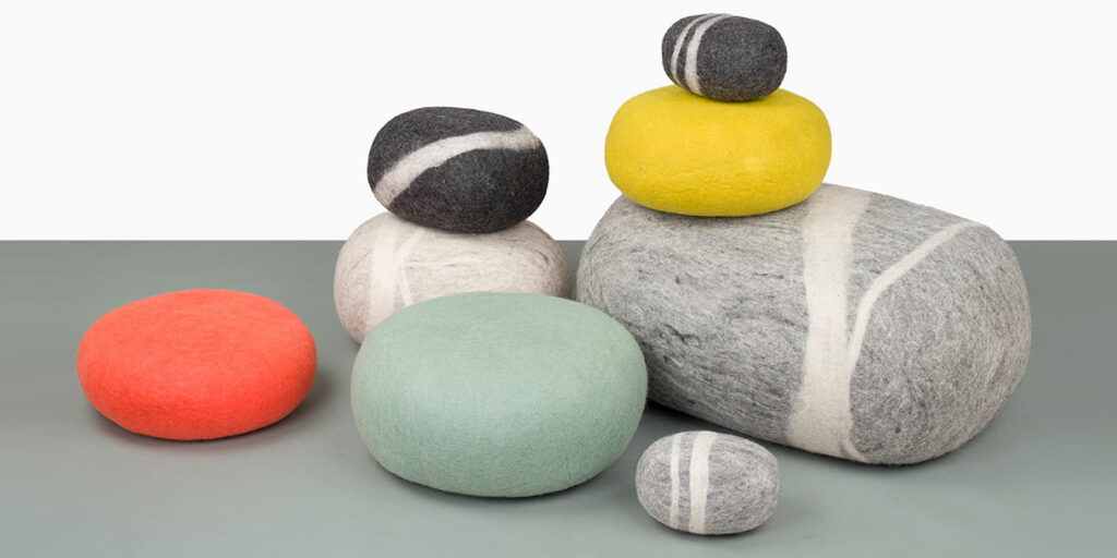 ecological-felt-pebble-cushions-for-children-myfelt-7