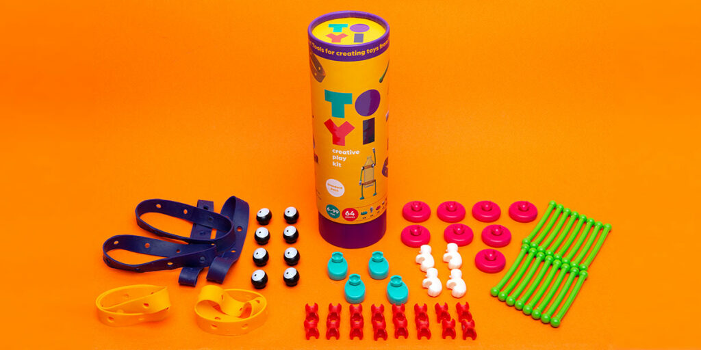 toyi-open-ended-upcycling-toy-set-10