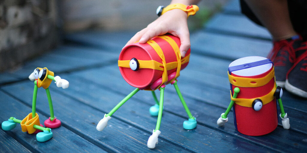 toyi-open-ended-upcycling-toy-set-2