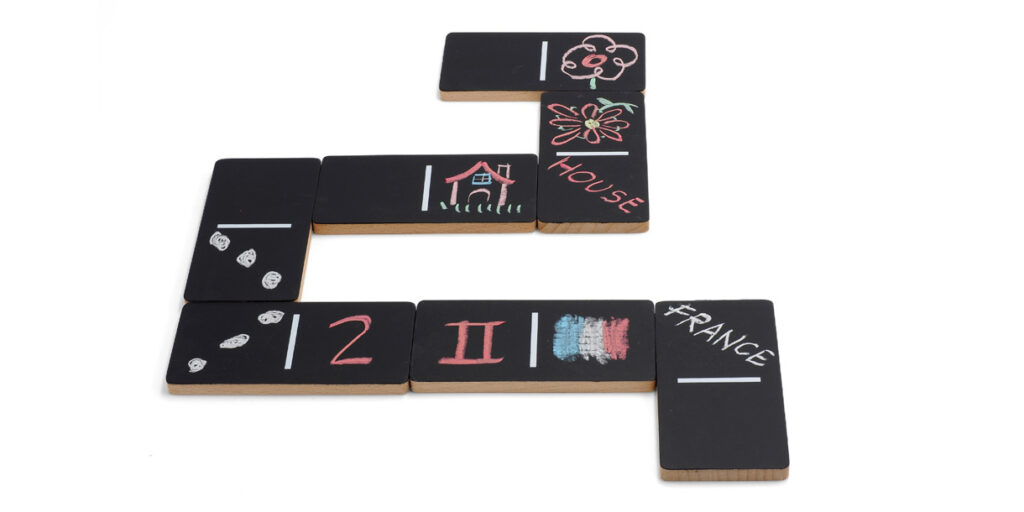 creative-wooden-toys-for-kids-domi-chalking-by-wodibow-6