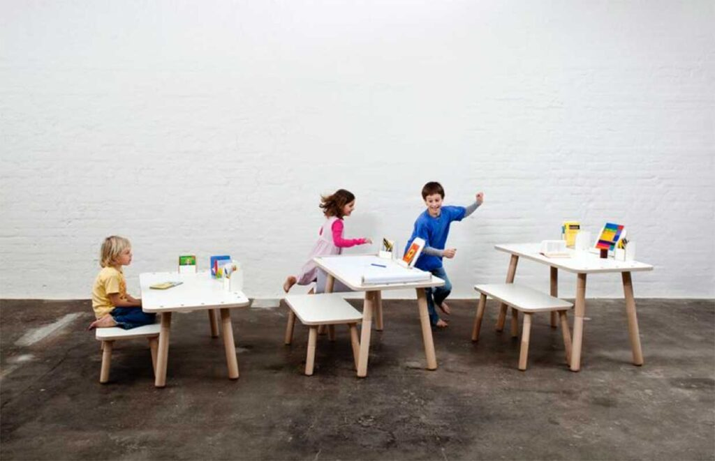 growing-table- desk-that-grows-with-the-child-pure-position