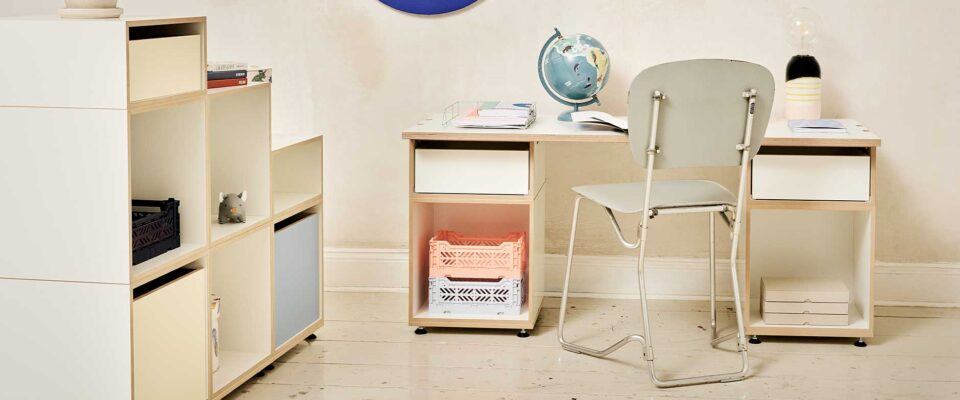 2109-height-adjustable-childrens-desk-stocubo-start