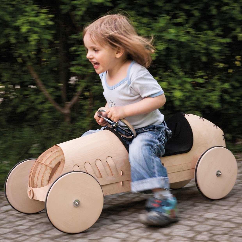 Gartenbank Holz Zum Selberbauen ~ Spielzeug aus Holz Rutschauto Holz phim flink 1 jpg