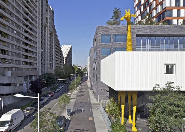 giraffenkita-in-paris_via-dezeen