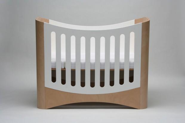 Kinderbett mitwachsend  KINDGERECHT | Kinderbett mitwachsend von Tina Berchner | Protoype