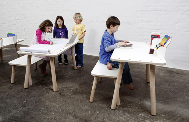 afilii_kindermoebel_growing-table_mitwachsender-kinderschreibtisch_3