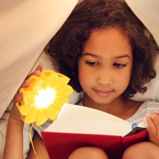 little sun solarlampe von olafur eliasson und frederik ottesen 3 afilii kindgerechtes. Black Bedroom Furniture Sets. Home Design Ideas