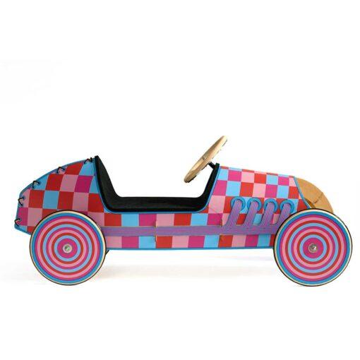 kreatives-Spielzeug-Holz-Rutschauto-flink_5