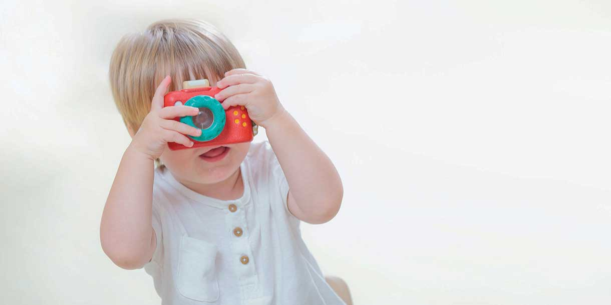 kreatives-Spielzeug-PlanToys-Camera_6
