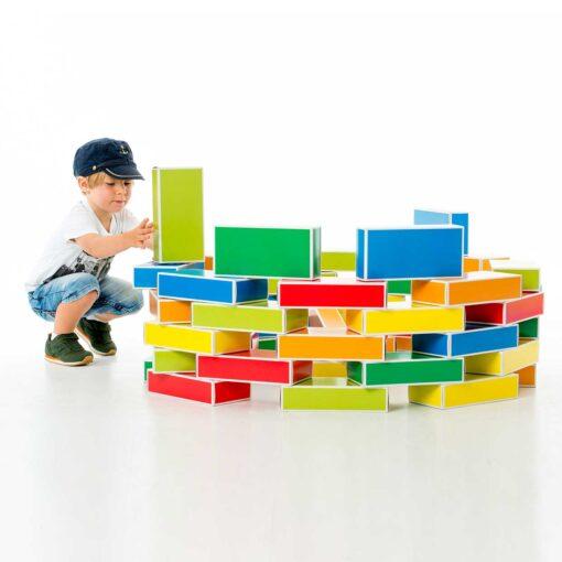 kreatives-Spielzeug-Spielzeug-aus-Pappe-colour-Bricks-Buntbox _4