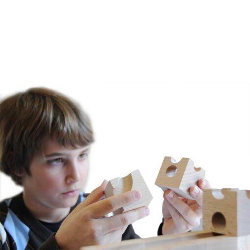 kreatives-Spielzeug-Kugelbahn-aus-Holz-Cuboro-Standard_2