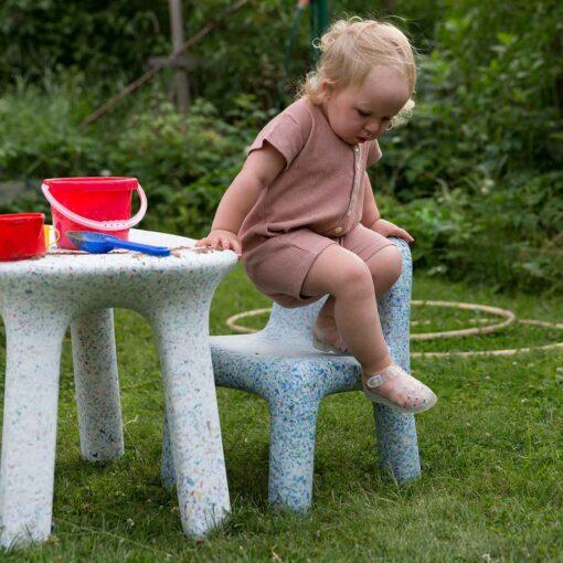 nachhaltige-design-kindermoebel-kinderspieltisch-luisa-by-ecobirdy-credit-ulrika-nihlen-4