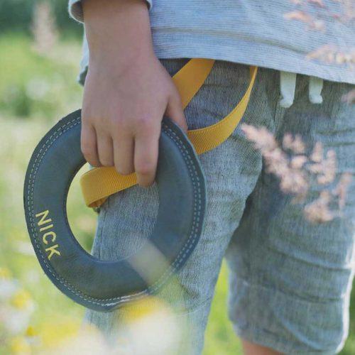 kreatives-Spielzeug-Frisbee-Loop-by-Pantolinos