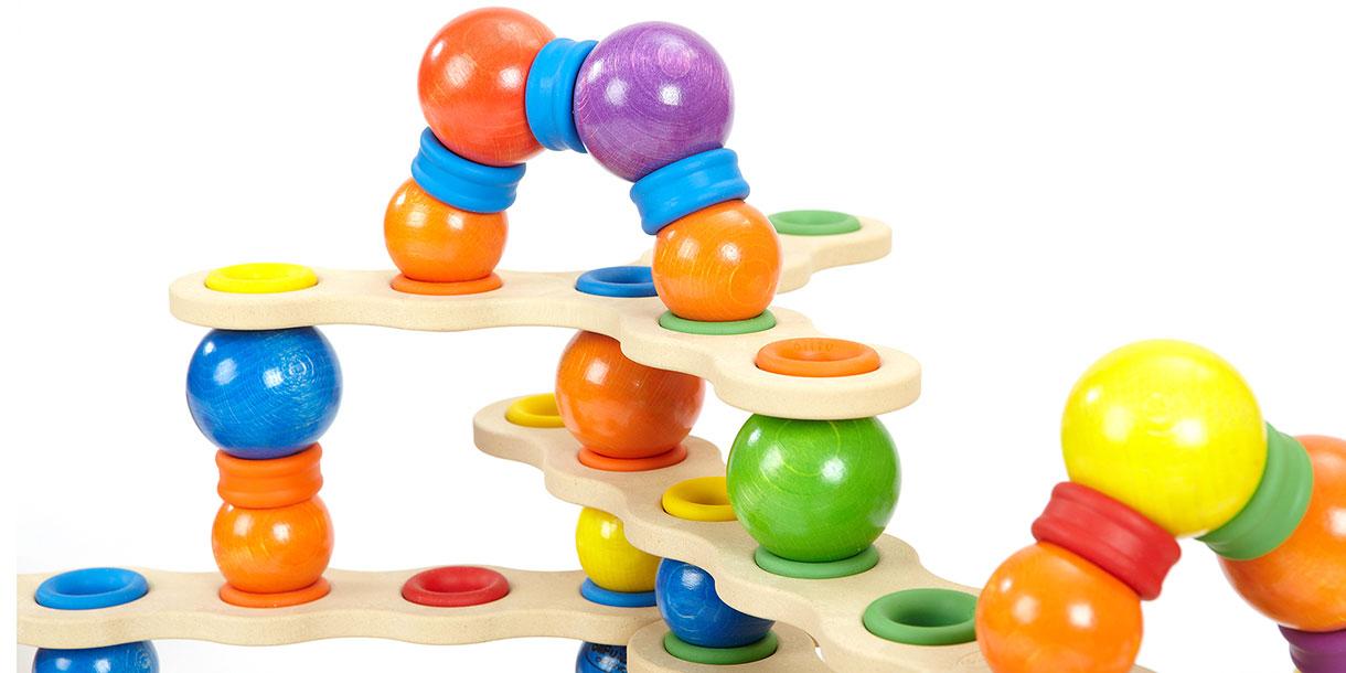 Spielzeug-aus-Holz-kreatives-Spielzeug-studio-gross-klein_2