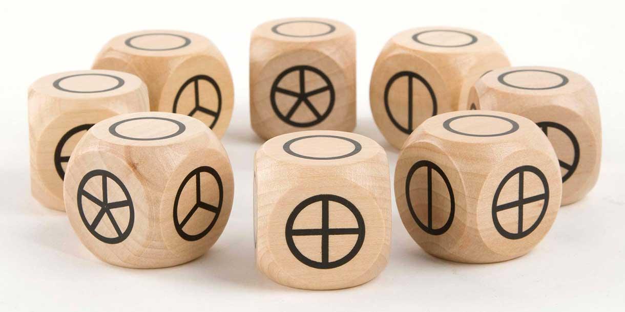 Spielzeug-aus-Holz-kreatives-Spielzeug-studio-gross-klein_5