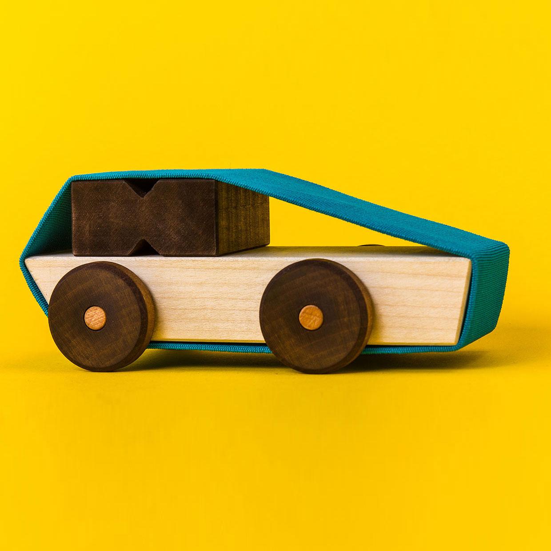 kreatives-spielzeug-flexmobil-Martin-Hensel