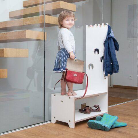 design-kindermoebel-garderobe-fuer-kinder-dete-prinzenkinder-@yvonne-most-1